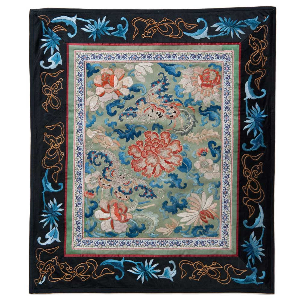 Antique Chinese Silk Embroidery 0892